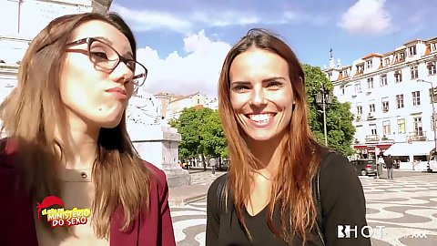 Street walking euro skanks Scarlett Johnson and Susana Melo run a tv show