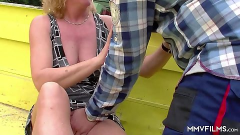 mature couple feeling some pussy up