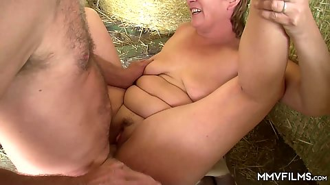 Frontal pussy slamming in the farm with granny