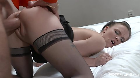 Nice looking younger female Alessia getting pussy gaped