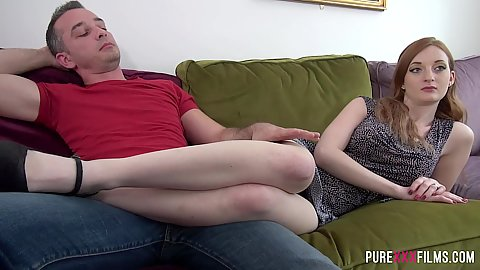 Redhead college girl Zara Du Rose putting her legs on guy for tv remote