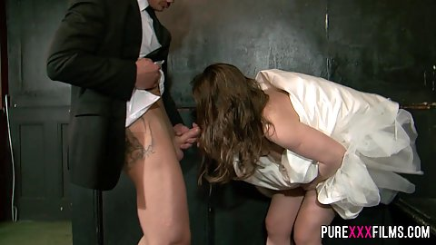 Bride sucking off best mans cock Olga Cabaeva and Luke Hardy