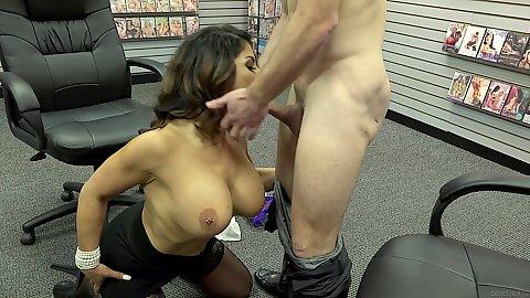 Office milf fucking in da office Raven Hart
