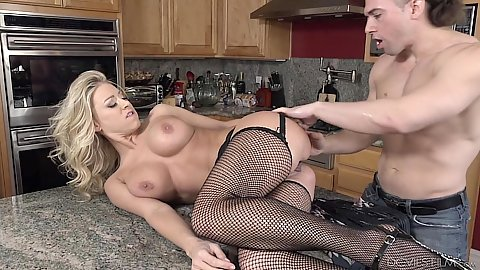 Katie Morgan is a bout to squirt from all this pleasure all over the table