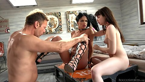 Stepmom and stepsis get sex lessons together Samanta Blaze and Luna Rival