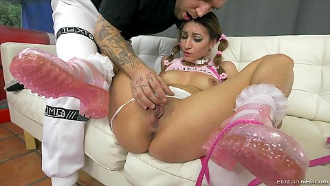 Rough fingering for Moka Mora causing a squirt on sofa