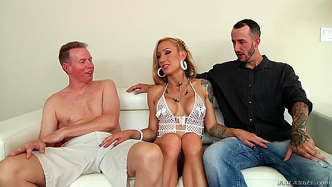 Blonde milf Zoey Portland ready to do two cocks with mouth