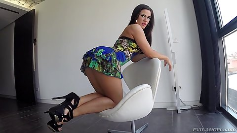 Nice bubble butt in a chair Athina