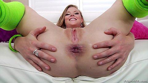 Gaped ass and a butt plug for Francesca Le and Nicole Clitman