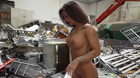 Susy Gala loves to fuck around garbage and it turns her own