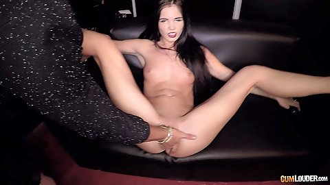 Sneaky fingering for Lovenia Lux