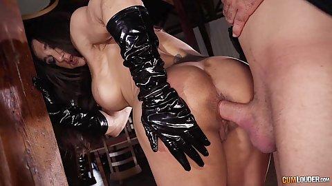 Undercover slut anal sex near a column Karyn