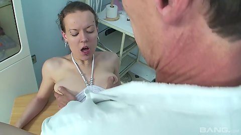 Gynecologist fucks his stripper patient from behind to approve her papers