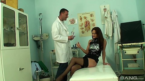 Doctor has a visit from shameless bartender in for pussy gynecologist check up