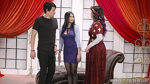 Yurizan Beltran and Brenna Sparks in college teacher theater lesson