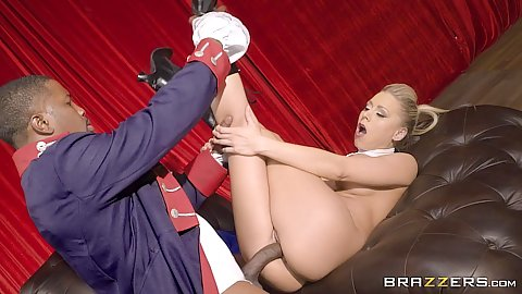 Hamilfon xxx parody fuck with Katie Morgan receiving a massive black shaft
