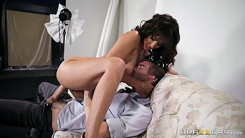 Flirting Isis Love on dick in couch sex