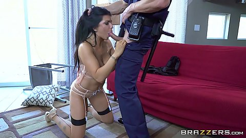 Brunette oral and titty fuck Romi Rain