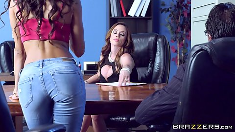 Tight pants on office divorce slut Veronica Rodriguez and Ariella Ferrera