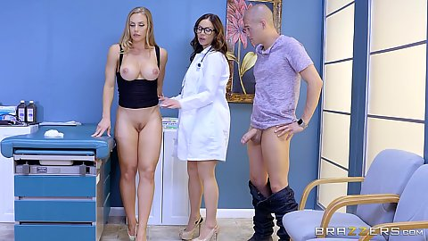 Doctor checking out wife with husband in room Nicole Aniston and Kendra Lust