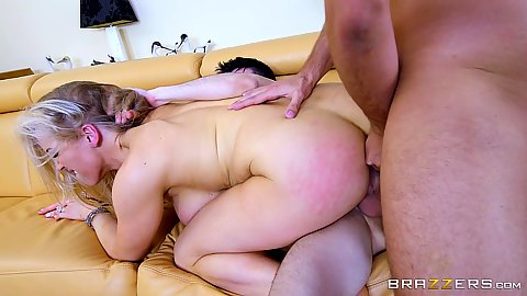 Double penetration for willing foxy milf Rebecca Moore in 2 on 1