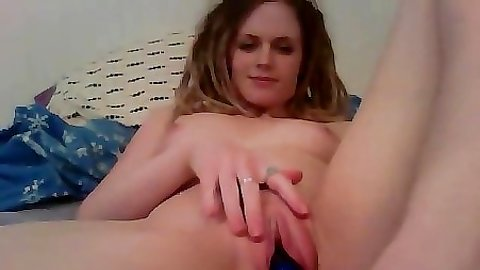 Teen gf lays back and relaxes while using a dildo