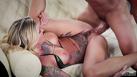 Kleio Valentien loves to dirty talk during sex