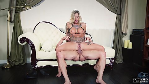 Inked big chested blonde Kleio Valentien reverse cowgirl cock humping