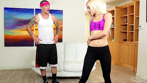 Sexy leggings work out with Alex Grey