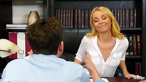Blonde attractive Aaliyah Love and Sydney Cole office therapy