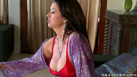 Raquel is one bored big tits housewife