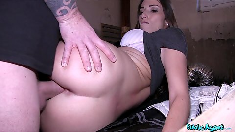 Pussy wrecking with Clea Gaultier the French lingerie model for some money