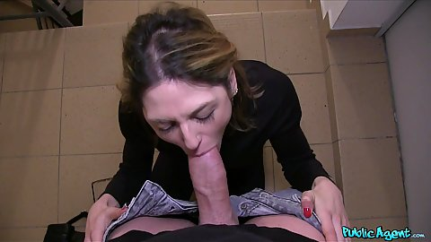 Lost French tourist Rachel Adjani gives large dick a blow and fuck in pov