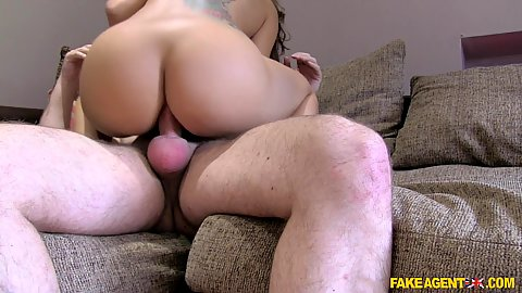 Dick riding and some anal during audition for inked Julia De Luca