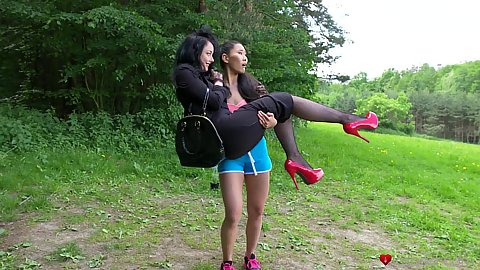 Outdoor white and asian girl acting naughty Alessa Savage and Katana