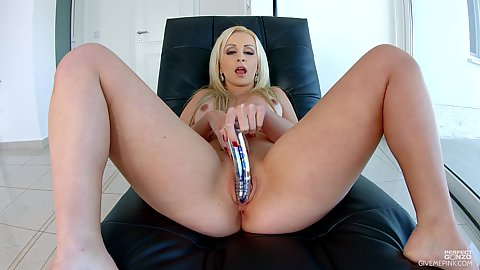 Nina Trevino making adult video with open legs