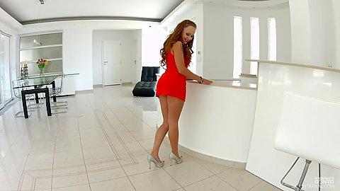 Undressing euro female Katarina Muti