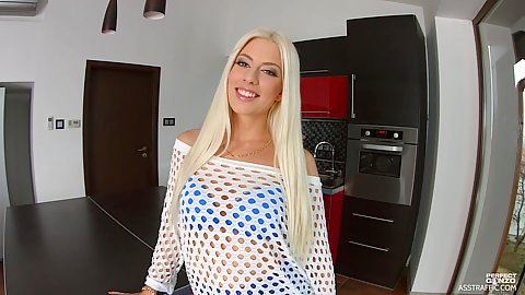 Fishnet shirt and a big smile on French Jessie Volt