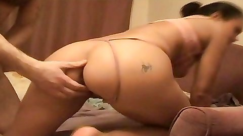 Shaved pussy gf is reverse cow girl fucking boyfriend