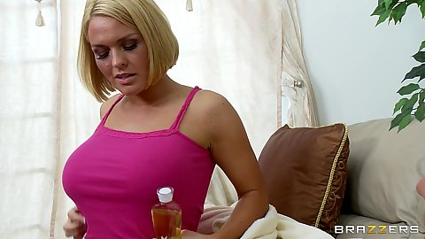 Chick gets on the floor with no panties