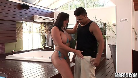 Big tits whore reveals tits and down sucking it