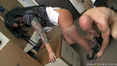 Bust Mason spreading her legs wide for an office banf