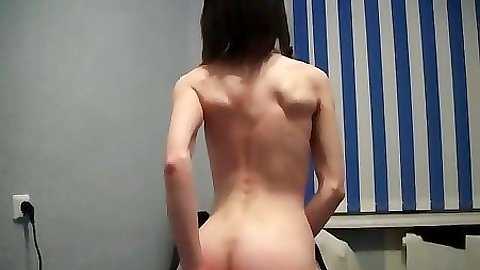 Gf plays with pussy showing rear view