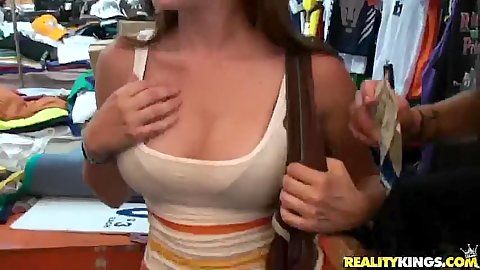 Gf shows off her big tits for some side cash