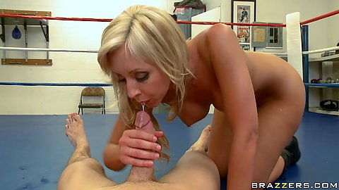 Jessica sucking penis pulled from her ass