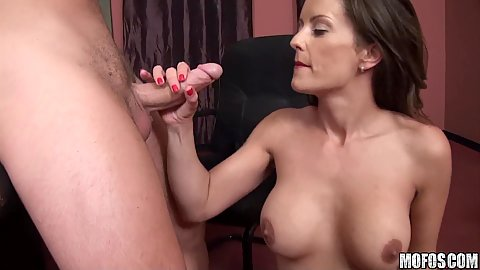 Perfects deep throat sucking in office room