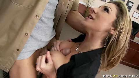Kayla titty fucking repairman cocks on the air conditioner