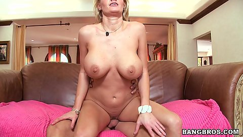 Busty milf Zoe Holloway rides and squirts
