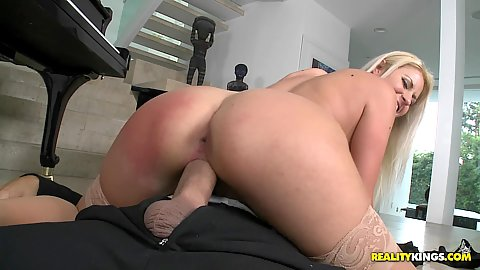 Hot smooth tight asshole view of a blonde busty milf