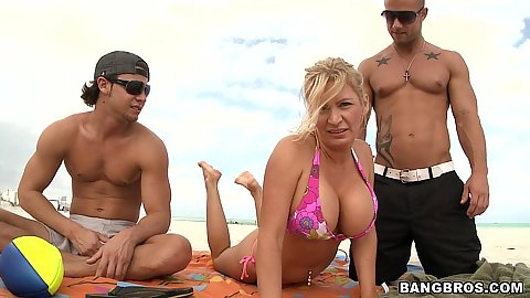 Going to the beach with a sexy russian milf Ingrid Swenson